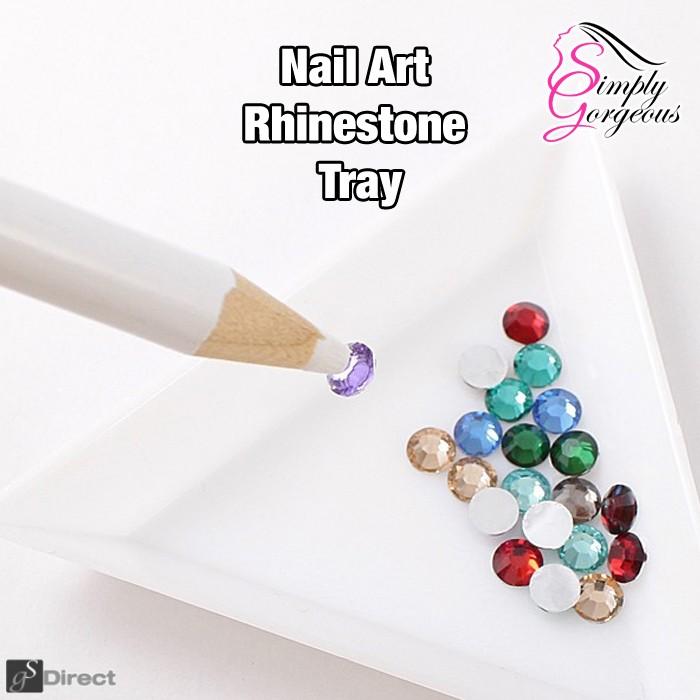 White Plastic Triangular Sorting Tray - Nail Art