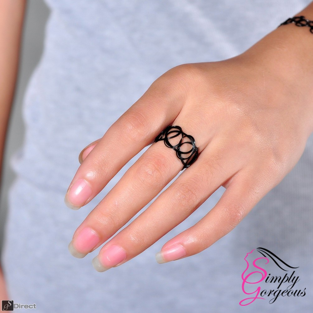 Tattoo Stretch Retro Ring